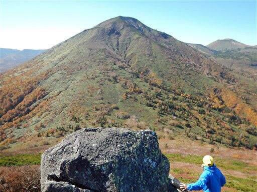 北八甲田・高田大岳、標高7m高く1559mに/山頂位置も西へ115m移動/地元山岳団体指摘で改定